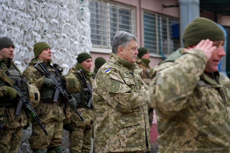 Із запровадженням воєнного стану Росія заплатить високу ціну у разі повномасштабної агресії – Президент
