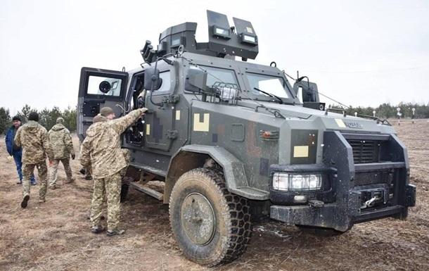 Под Житомиром испытали бронеавтомобиль Козак-2